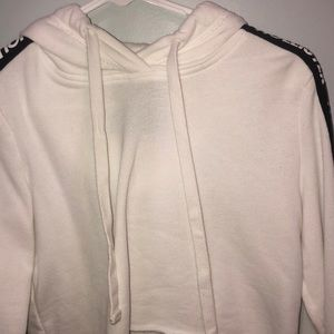 cropped white hollister hoodie